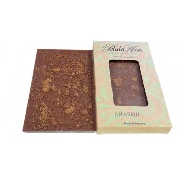 Tabletă de ciocolată cu lapte și anason stelat
